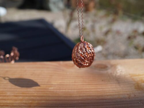 Peach pendant copper